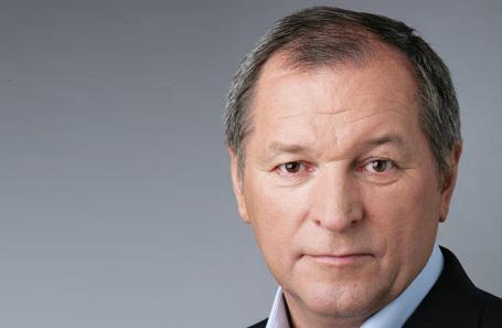 «Тихонько заработал очень много денег». Что известно о самом богатом госслужащем России по версии Forbes?