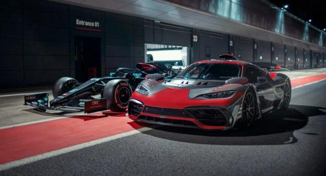 Дебют серийного варианта гиперкара Mercedes-AMG One опять отложили