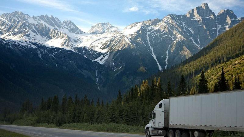 Угнать у дальнобойщика: какие грузовики похищали в первой половине 2021 года