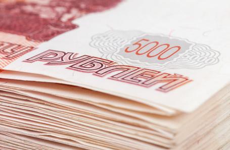 Исследование: зарплату от миллиона рублей в месяц получают около 17 тысяч россиян