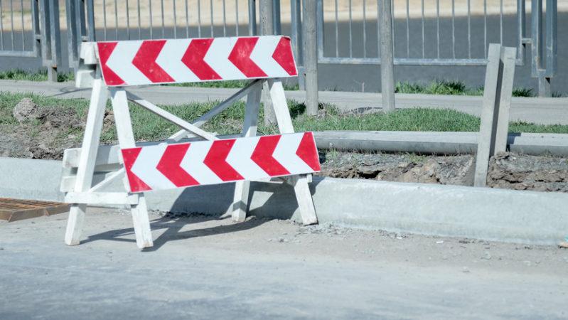 На ул.Галиаскара Камала в Казани ограничено движение транспорта