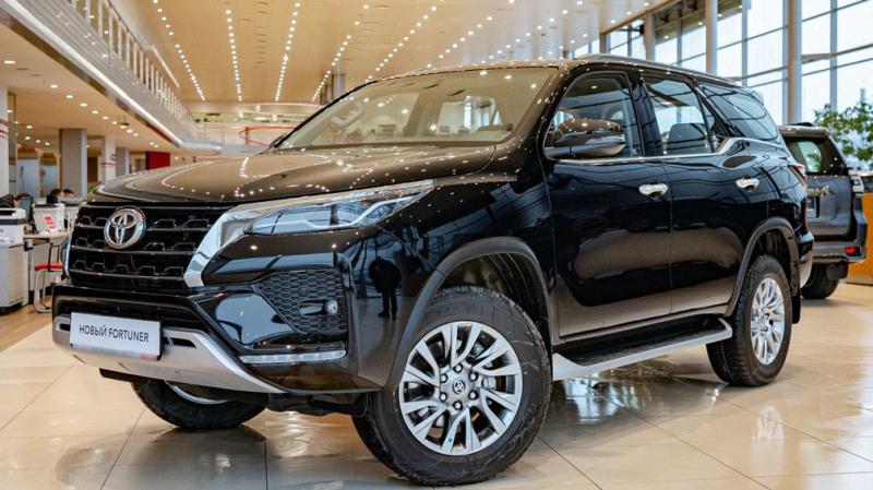 Toyota Fortuner 2022 с лучшими характеристиками уже в продаже